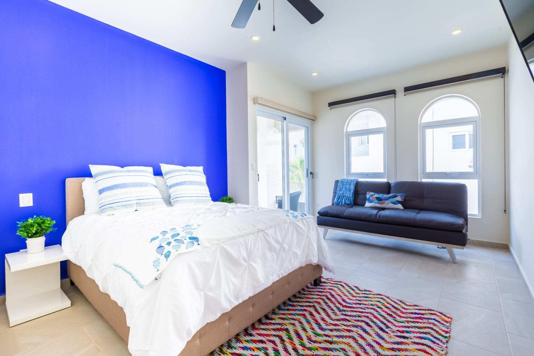 Blue Suite – Queen Bed